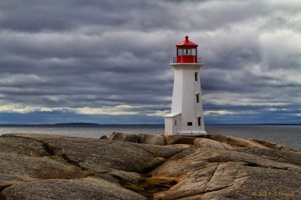 PeggysCove_Lighthouse