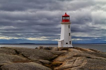 PeggysCove_Lighthouse